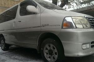 Автомобиль Toyota Hiace, хорошее состояние, 2002 года выпуска, цена 280 000 руб., Красноярский край