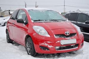 Авто Toyota Yaris, 2010 года выпуска, цена 345 000 руб., Екатеринбург