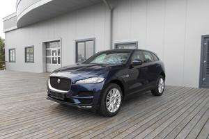 Авто Jaguar F-Pace, 2017 года выпуска, цена 4 152 547 руб., Челябинск