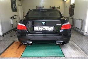 Автомобиль BMW M5, отличное состояние, 2005 года выпуска, цена 1 600 000 руб., Москва