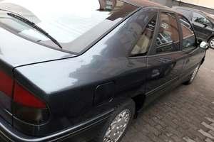 Автомобиль Renault Safrane, хорошее состояние, 1993 года выпуска, цена 120 000 руб., Калининград