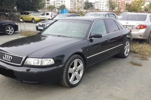 Автомобиль Audi A8, хорошее состояние, 1998 года выпуска, цена 350 000 руб., Челябинск
