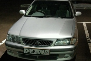 Автомобиль Nissan Sunny, среднее состояние, 2001 года выпуска, цена 120 000 руб., Саратов