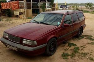 Автомобиль Volvo 850, хорошее состояние, 1995 года выпуска, цена 110 000 руб., Астрахань