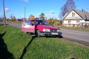 Автомобиль Volvo 440, хорошее состояние, 1990 года выпуска, цена 40 000 руб., Петрозаводск