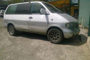 Автомобиль Nissan Largo, хорошее состояние, 1996 года выпуска, цена 175 000 руб., Владивосток