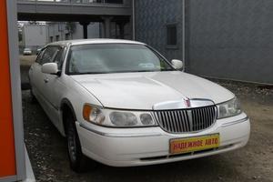Авто Lincoln Town Car, 2001 года выпуска, цена 430 000 руб., Екатеринбург