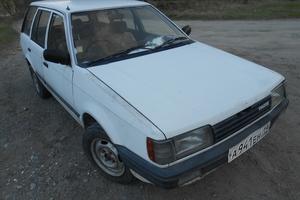Автомобиль Mazda Familia, хорошее состояние, 1987 года выпуска, цена 41 000 руб., Абакан
