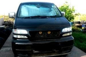 Автомобиль Nissan Elgrand, хорошее состояние, 1997 года выпуска, цена 350 000 руб., Элиста