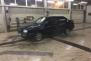 Автомобиль Volkswagen Vento, среднее состояние, 1992 года выпуска, цена 80 000 руб., Кашира