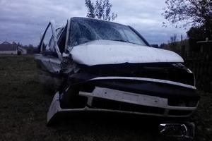 Автомобиль Volkswagen Vento, битый состояние, 1994 года выпуска, цена 50 000 руб., Брянск