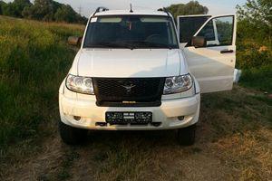 Автомобиль УАЗ Patriot, отличное состояние, 2014 года выпуска, цена 650 000 руб., Щербинка