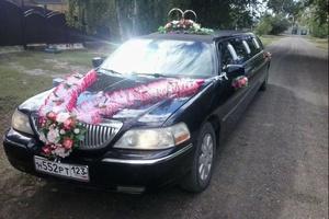 Автомобиль Lincoln Town Car, отличное состояние, 2004 года выпуска, цена 400 000 руб., Оренбургская область