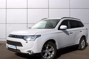 Авто Mitsubishi Outlander, 2012 года выпуска, цена 979 000 руб., Москва