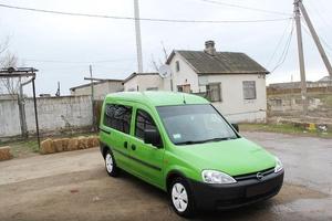 Автомобиль Opel Combo, отличное состояние, 2002 года выпуска, цена 324 000 руб., Евпатория