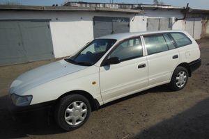 Автомобиль Toyota Caldina, отличное состояние, 1999 года выпуска, цена 200 000 руб., Артем