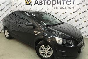 Авто Chevrolet Aveo, 2015 года выпуска, цена 597 000 руб., Санкт-Петербург