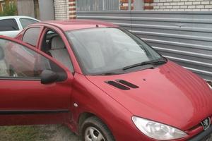 Автомобиль Peugeot 206, среднее состояние, 2008 года выпуска, цена 170 000 руб., Южноуральск