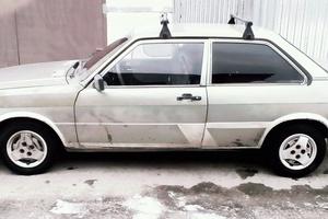 Подержанный автомобиль Audi 80, плохое состояние, 1984 года выпуска, цена 35 000 руб., Москва