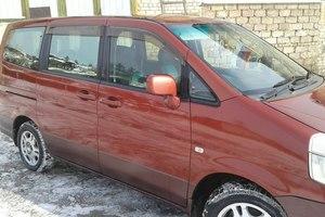 Автомобиль Nissan Serena, хорошее состояние, 1999 года выпуска, цена 350 000 руб., Свердловская область