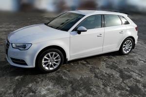 Подержанный автомобиль Audi A3, отличное состояние, 2013 года выпуска, цена 800 000 руб., Екатеринбург