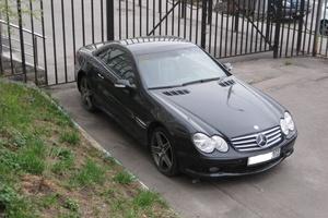 Автомобиль Mercedes-Benz SL-Класс, хорошее состояние, 2003 года выпуска, цена 870 000 руб., Москва