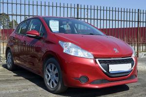 Авто Peugeot 208, 2013 года выпуска, цена 300 000 руб., Екатеринбург