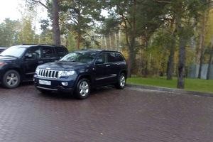 Подержанный автомобиль Jeep Grand Cherokee, отличное состояние, 2012 года выпуска, цена 1 500 000 руб., Челябинск