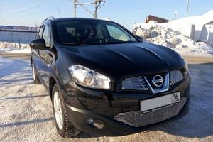 Автомобиль Nissan Qashqai+2, отличное состояние, 2012 года выпуска, цена 1 049 000 руб., Сургут