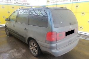Авто Volkswagen Sharan, 2001 года выпуска, цена 285 000 руб., Самара