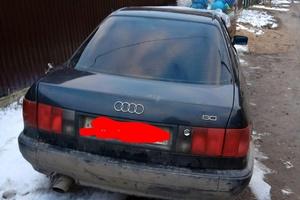 Автомобиль Audi 80, битый состояние, 1993 года выпуска, цена 60 000 руб., Москва и область