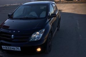 Автомобиль Toyota Ist, хорошее состояние, 2004 года выпуска, цена 275 000 руб., Челябинск