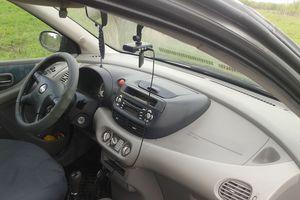 Автомобиль Nissan Almera Tino, отличное состояние, 2001 года выпуска, цена 220 000 руб., Тула