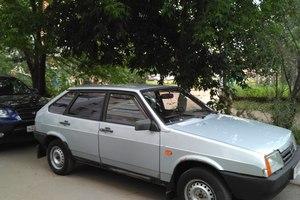 Автомобиль ВАЗ (Lada) 2109, среднее состояние, 2003 года выпуска, цена 60 000 руб., Казань