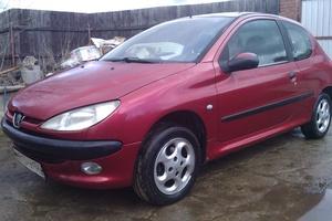 Подержанный автомобиль Peugeot 206, хорошее состояние, 2003 года выпуска, цена 160 000 руб., Дмитров