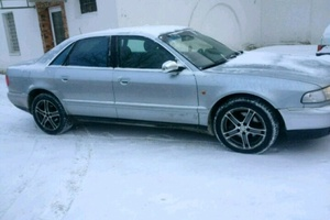 Подержанный автомобиль Audi S8, отличное состояние, 1998 года выпуска, цена 240 000 руб., Дмитров
