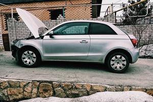 Подержанный автомобиль Audi A1, битый состояние, 2010 года выпуска, цена 320 000 руб., Казань