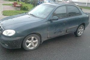 Автомобиль Daewoo Lanos, среднее состояние, 1999 года выпуска, цена 25 000 руб., Санкт-Петербург