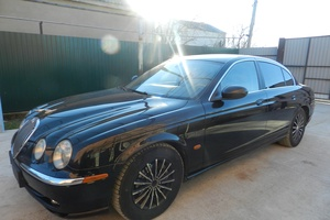 Автомобиль Jaguar S-Type, отличное состояние, 2002 года выпуска, цена 450 000 руб., Минеральные Воды