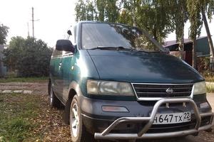 Автомобиль Nissan Largo, среднее состояние, 1995 года выпуска, цена 240 000 руб., Барнаул