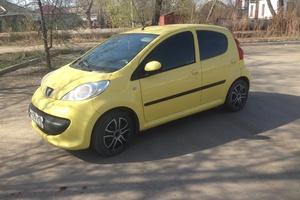 Подержанный автомобиль Peugeot 107, хорошее состояние, 2008 года выпуска, цена 245 000 руб., Челябинск