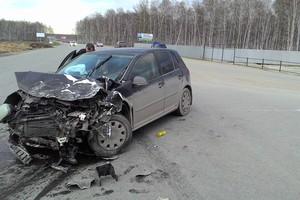 Автомобиль Volkswagen Golf, битый состояние, 2006 года выпуска, цена 200 000 руб., Челябинск
