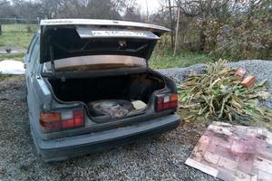 Автомобиль Volvo 460, битый состояние, 1993 года выпуска, цена 30 000 руб., Москва и область