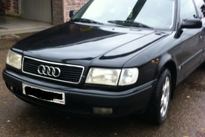 Подержанный автомобиль Audi 100, хорошее состояние, 1992 года выпуска, цена 180 000 руб., Санкт-Петербург