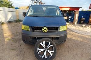 Подержанный автомобиль Volkswagen Transporter, отличное состояние, 2004 года выпуска, цена 700 000 руб., Смоленск