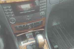 Подержанный автомобиль Mercedes-Benz E-Класс, хорошее состояние, 2002 года выпуска, цена 350 000 руб., Смоленск