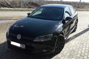 Подержанный автомобиль Volkswagen Jetta, отличное состояние, 2013 года выпуска, цена 649 000 руб., Электросталь