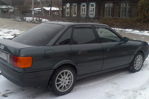 Подержанный автомобиль Audi 80, хорошее состояние, 1988 года выпуска, цена 110 000 руб., Самара
