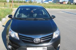 Подержанный автомобиль Toyota Avensis, хорошее состояние, 2012 года выпуска, цена 1 030 000 руб., Сургут
