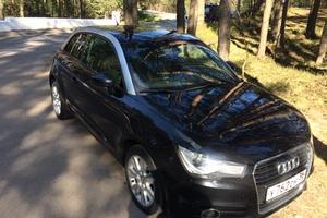 Подержанный автомобиль Audi A1, хорошее состояние, 2010 года выпуска, цена 595 000 руб., Санкт-Петербург
